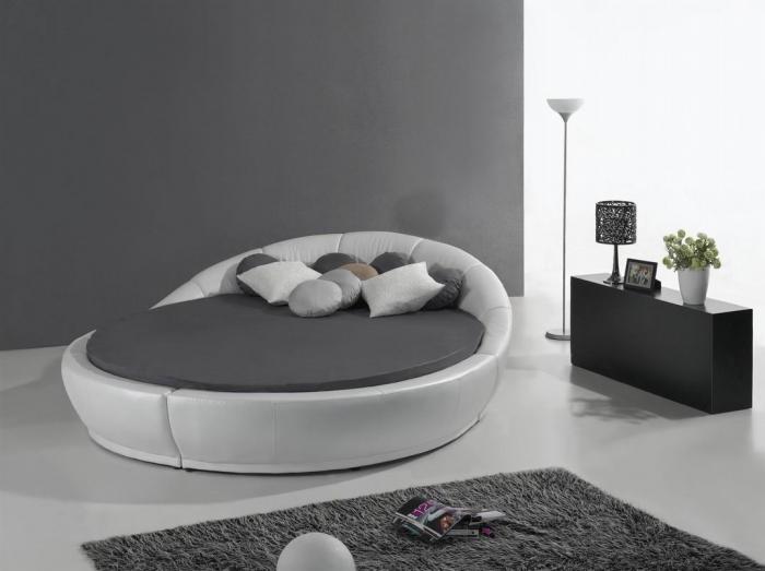 Луксозна кръгла спалня